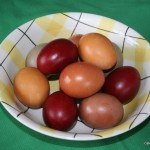 Eggs coloured with natural dyes