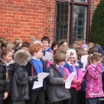 Singing from Children of Sulhamstead and Ufton Nervet School