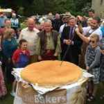 Cutting the World's Biggest Stottie